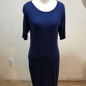 Size M. LuLaRoe Julia dress. Pre-owned.